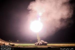عکس/شلیک موشکهای سپاه به مقر تروریستها در دیرالزور سوریه