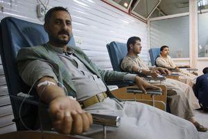 ادامه پویش جهاد با اهدای «خون»؛ مردم یمن همچنان شگفتی ساز هستند + تصاویر