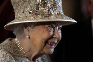 بهروزرسانی متن سخنرانی ملکه انگلیس برای جنگ جهانی سوم از 34 سال پیش