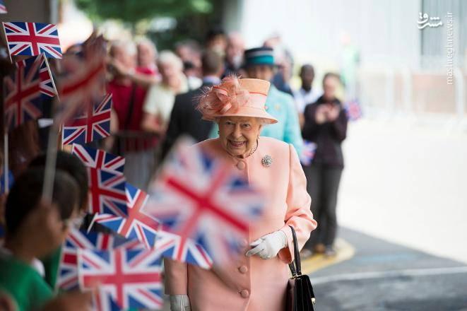 ملکه الیزابت دوم به دلیل عدم توانمندی، در طول جنگ جهانی دوم ، مسئول مکانیک ارتش بریتانیا بوده است.