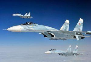 فیلم/ لحظه مواجهه جنگنده روسی و آمریکایی در آسمان