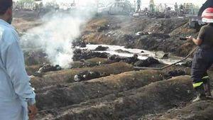 عکس/ ۱۲۰نفر کشته براثر واژگونی تانکر در پاکستان