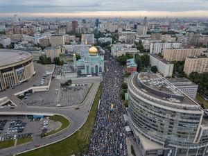 نمای هوایی از اقامه نماز در مسکو