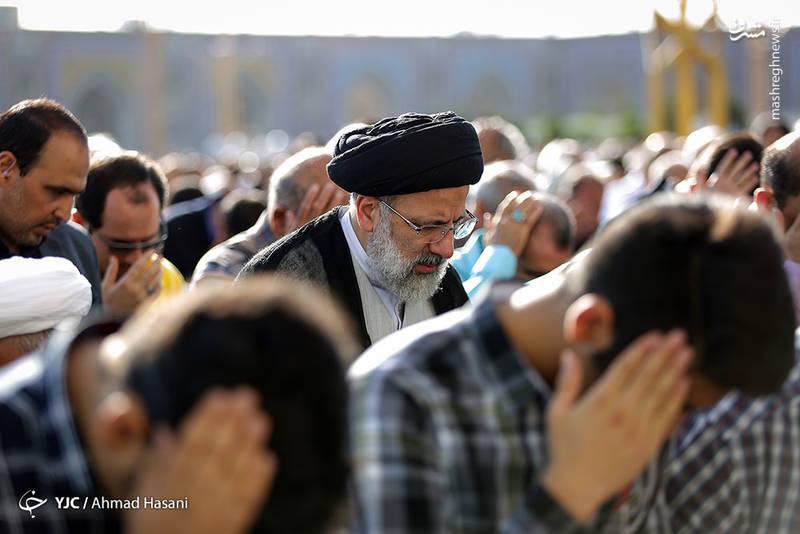 سید ابراهیم رئیسی در نماز عید فطر