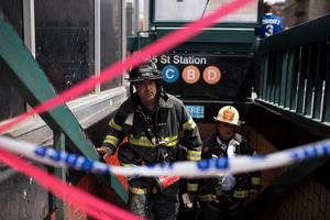 خروج قطار از ریل در نیویورک