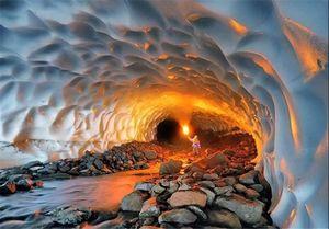 نجات 3 نفر از حادثه دیدگان ریزش تونل برفی ازنا