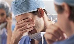 تکذیبیه وزارت بهداشت، نمکی بر زخم پزشکان میشود