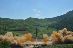 کارتر: نگران موشکهای کره شمالی نیستیم