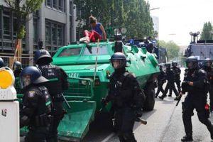 ۱۶۰ پلیس آلمان در درگیری با معترضان زخمی شدند