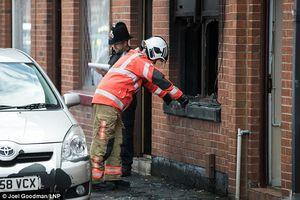 عکس/ آتشسوزی مرگبار یک منزل مسکونی در منچستر