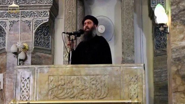 ابو-بکر-البغدادی-و-خطبه-معروفش-در-مسجد-جامع-النوری-1موصل.jpg