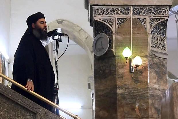 ابو-بکر-البغدادی-و-خطبه-معروفش-در-مسجد-جامع-النوری-موصل-2.jpg