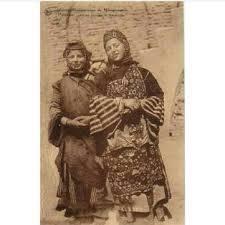 تصویر-دو-زن-موصلی-سال-1915-میلادی.jpg