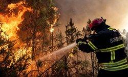 آتشسوزی 3 خودرو در مجتمع مسکونی