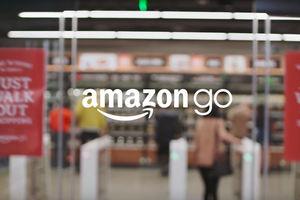 فیلم/ نحوه کار ربات های فروشگاه آمازون