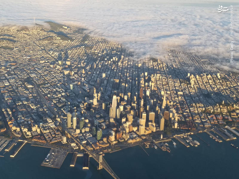 هجوم زیبای ابرها به شهر سانفرانسیسکو