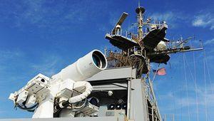 آزمایش سلاح لیزری آمریکا در خلیج فارس
