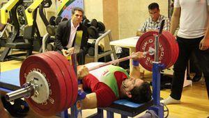 وزنه بردار معلول ایران به رکورد جهان دست یافت