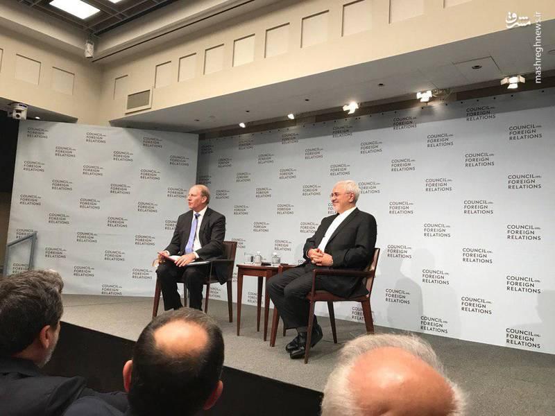 خنده ظریف در اندیشکده شورای روابط خارجی