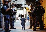 درگیری فلسطینیها با نظامیان صهیونیست در اطراف مسجدالاقصی