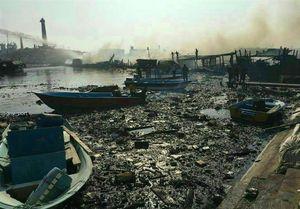 آتش در اسکله بندر کنگان مهار شد/۱۳ لنج تجاری در آتش سوخت
