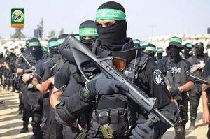 عکس/ رژه گردانهای عزالدین قسام در غزه