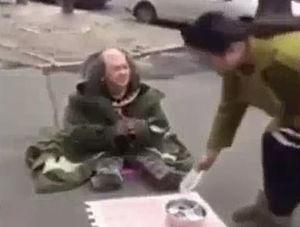 فیلم/ مردی که زنش مچش را گرفت