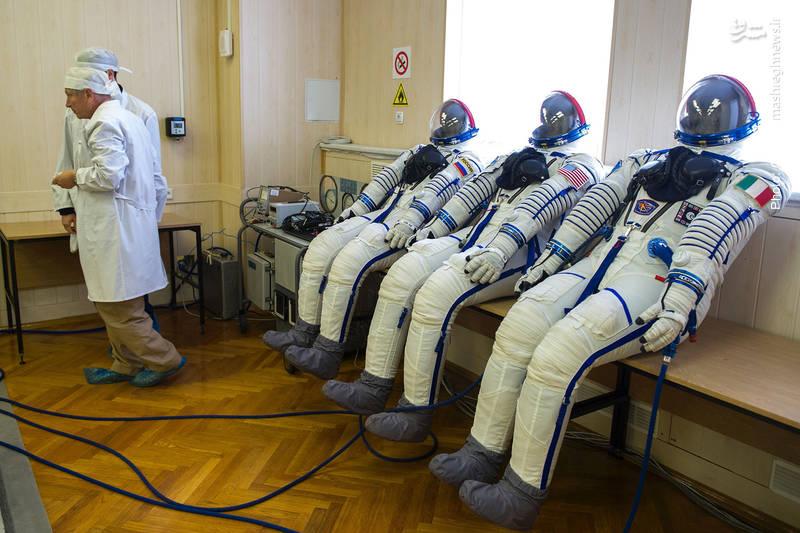 آزمون لباس فضانوردان سایوز MS-05 در پایگاه بایکانور