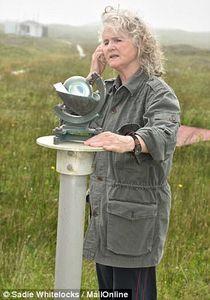 زنی که 40 سال در یک جزیره تنها زندگی کرد +تصاویر