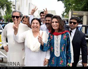 عکس/ پایان حکومت نخست وزیر پاکستان