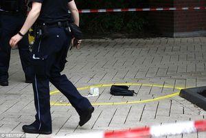 عکس/ یک کشته در حمله با چاقو به سوپرمارکت