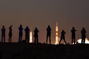 پرتاب راکت فضا پیمای سایوز