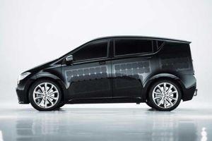 خودرویی که روی بدنه اش پنل خورشیدی دارد! +تصاویر