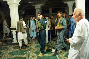 عکس/ حمله انتحاری خونین در مسجد هرات