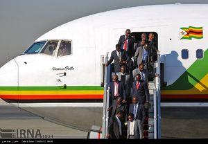 عکس/ ورود رئیس جمهور زیمبابوه به تهران