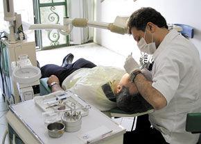 گلایه یک جانباز ۷۰٪ از هزینههای دندانپزشکی
