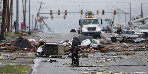 فیلم/ گردباد و سیل مرگبار در آمریکا
