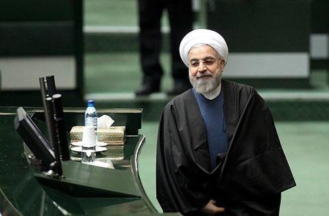 اقدام روحانی که در ۲۸ سال اخیر بیسابقه است+ تصاویر