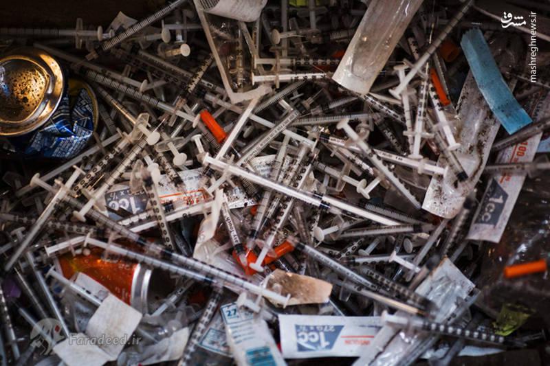 """تصویری از سرنگ های استفاده شده برای استعمال هروئین در """"کنسینگتون"""""""