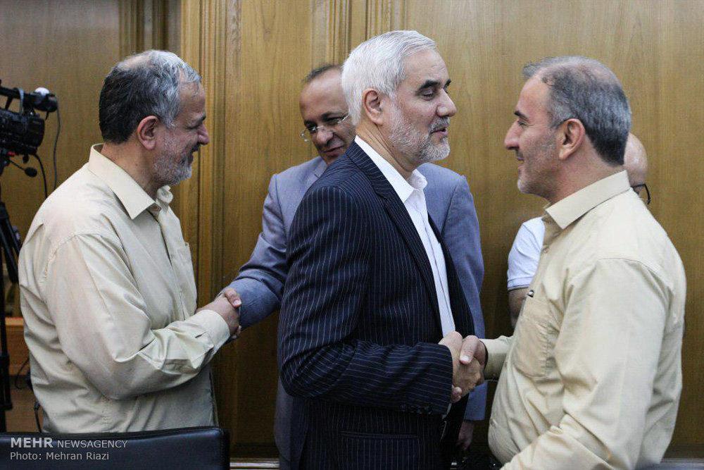 2015057 - نجفی شهردار تهران شد