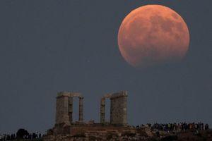 طولانی ترین ماه گرفتگی قرن آغاز شد