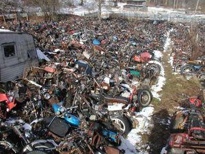 قبرستان موتورسیکلت ها در آمریکا