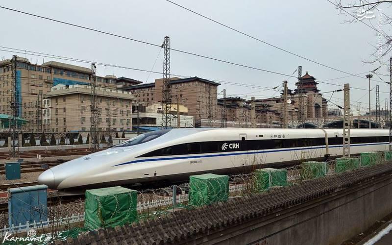 هارمونی سی آر اچ ۳۸۰ ای/ هارمونی سی آر اچ ۳۸۰ ای (Harmony CRH ۳۸۰A)، قطاری سریع السیر در خطوط ریلی چین است که سرعت آن حداکثر به ۳۷۹.۹ کیلومتر می رسد و در مراحل آزمایشی رکورد سرعت ۴۱۶.۱۴ کیلومتر در ساعت را نیز به دست آورده است.