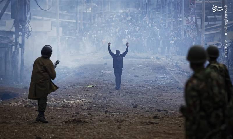 تبدیل جشن انتخابات کنیا به جنگ شهری پس از مخالفت جناح منتقد دولت با نتایج انتخابات