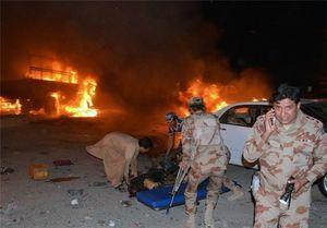 ۴۷کشته و زخمی در انفجار کامیون ارتش پاکستان توسط داعش+عکس