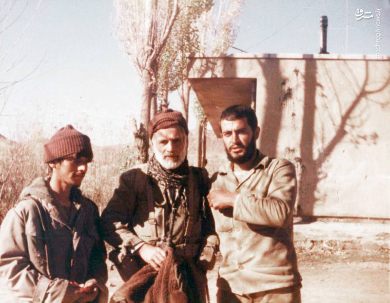 شهید «محسن نورانی»(نفر اول از چپ)