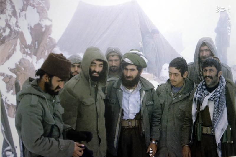شهید «محسن نورانی» در کنار «حاج احمد متوسلیان»