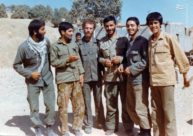سردار شهید «محسن نورانی»(نفر دوم از راست) در کنار شهیدان «حاج همت » و «اکبر زجاجی» و «محمدتقی پکوک»