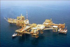 کاهش بیسابقه تولید نفت عربستان/ آیا نفت گران خواهد شد؟