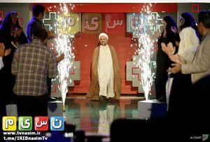 پاسخ رامبد جوان به انتقاد حجت الاسلام زائری به برنامه «خنداننده شو»
